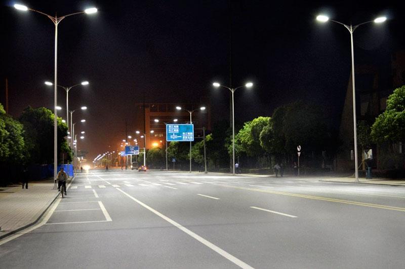 Đèn đường LED Philips cung cáp ánh sáng tốt